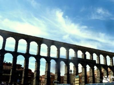 Destilería DYC - Segovia; rio eresma nordic walking viajes de grupos